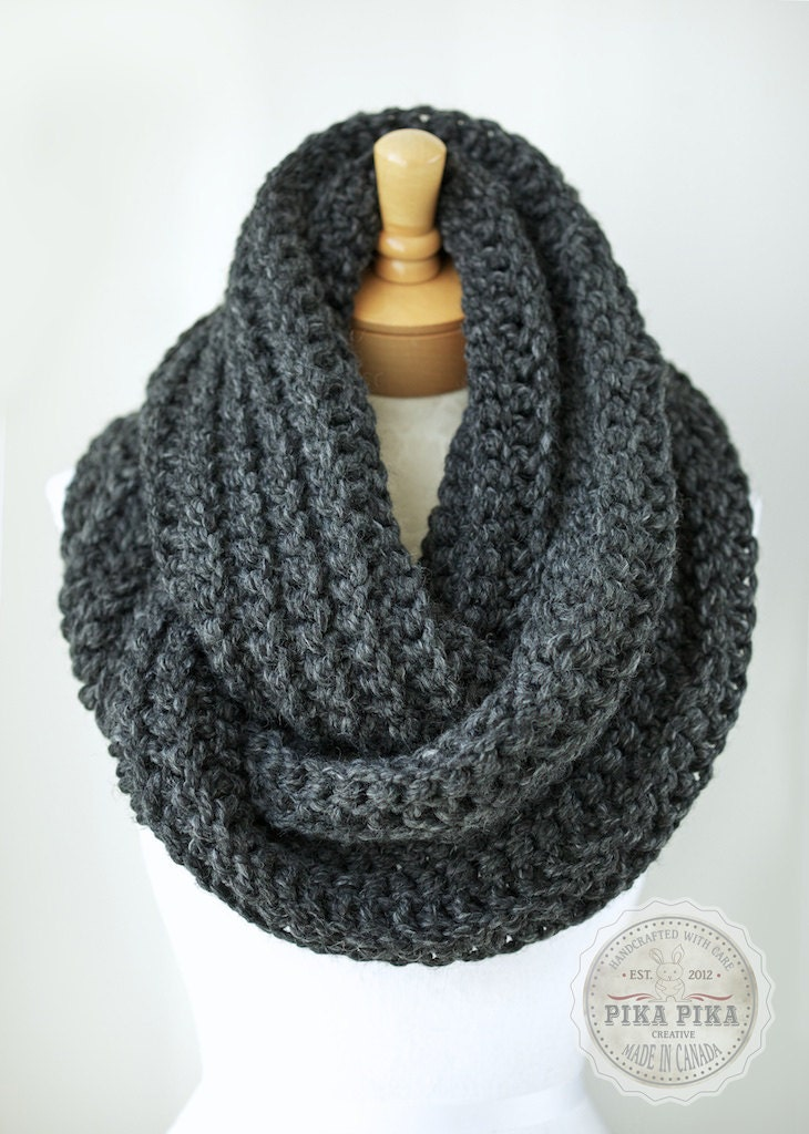 Crochet infinity scarf in CHARCOAL GRAY/dark by PikaPikaCreative