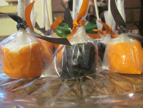 Halloween Marshmallow Pops - Party Favors Orange, Black, Trick or Treat
