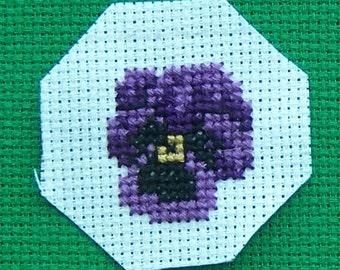Cross-stitch Insert for Pillbox: Pansy (purple)