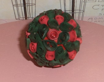Small Quilling Xmas Ball