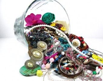 Destash jewelry, junk jewelry, jewelry lot, craft jewelry, beads, jewelry supply, vintage junk jewelry.scrap jewelry