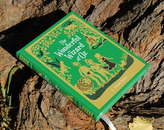 Hollow Book Safe - The Wonderful Wizard of Oz - Green - Leather Bound