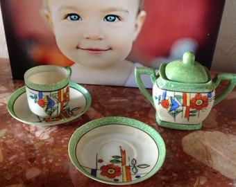 Old Childs Sugar Bowl, 2 Saucers, 1 Cup