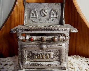 ROYAL Arcade stove cast iron doll house furniture cookstove