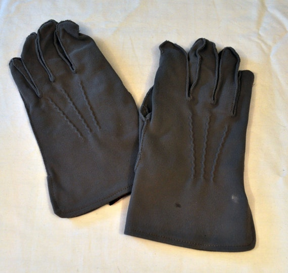 Vintage 1940s mens gloves from Eisendrath