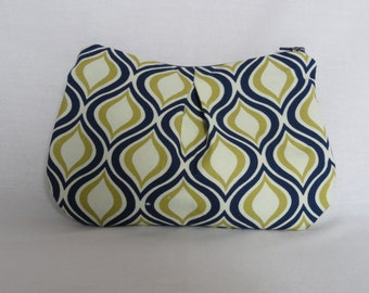 CLEARANCE- Navy Blue and Green Zipper Pouch