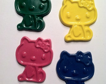 hello kitty crayons -  Birthday  - Party favor .- set of 6 hello kitty crayons