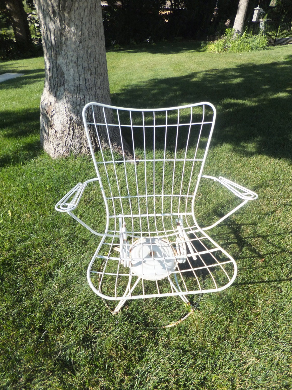 Vintage Homecrest Rocking Swivel ChairWhite Welded SteelMid