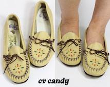 70s LEATHER Beaded MOCCASINS Boho COACHELLA Shoes   6.5