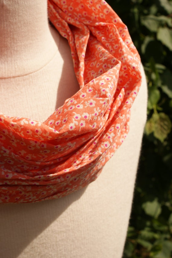Foulard tube fleuri orange