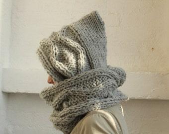 Hooded Scarf. Long Scarf. light grey scarf, Wool Scarf. Chunky Scarf. Scoodie Scarf. Wool grey Scarf, Grey hood
