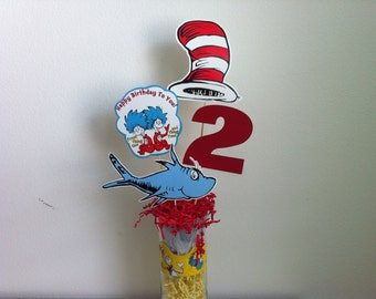 Dr seuss / cat in the hat / thing one thing two / centerpiece