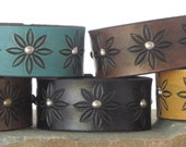 """Bracelet, leather bracelet, Leather Cuff, 1"""" wide / Tooled Daisy Pattern / Black, Browm, Turquoise, Yellow / Snap Closure"""