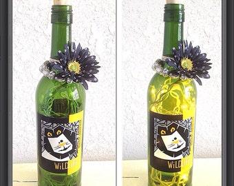 Wildlife wine bottle lamp