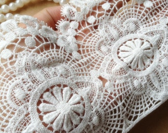 White Lace Trim, Bridal Lace, Vintage Lace, Embroidered Lace, Scalloped Wedding Lace