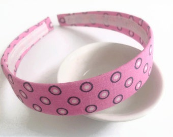 Fabric headband: Pink headband, fabric covered polka dots pink headband, plastic headband covered.