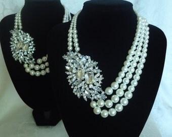 Bridesmaid Statement Necklace, Chuncky Wedding Jewelry, Rhinestone Ivory Pearl Jewelry set, OOAK Pearl Necklace Accessory, Bridal Statement