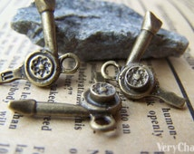 20 pcs of Antique Bronze Hair Dryer Charms 20x21mm A1605