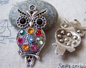 6 pcs of Antique Silver Rhinestone Owl Pendants  45mm A5588