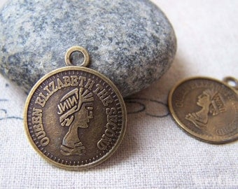 50 pcs of Antique Bronze Queen Elizabeth Second Coin Charms 19mm A5754
