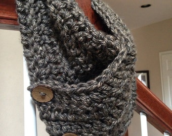 Chunky crochet cowl /scarf / with Coconut Buttons