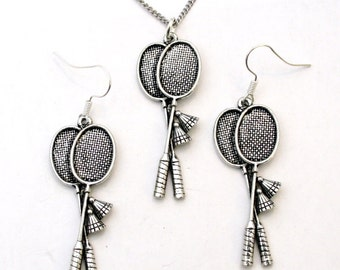 Badminton Rackets Necklace and Earrings Set in English Pewter, Gift Boxed (tsh)
