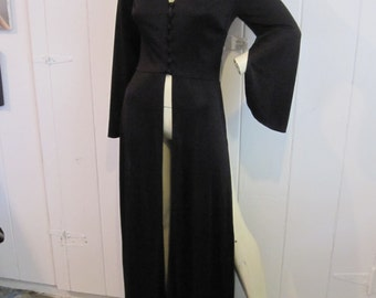 Very Mod 1960's Maxie Top with full length sections of four.
