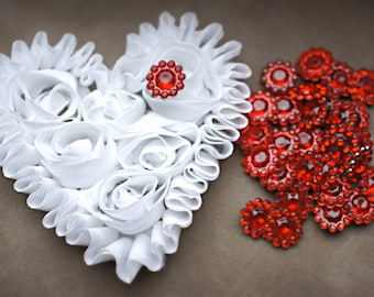 15 Red 11mm acrylic rhinestones - Mini Acrylic Buttons - Flower center - 11mm Button - Wholesale Buttons - rhinestone embellishment