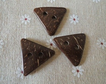 10 Pcs 34mm  Natural Coconut triangle button 2holes  (W370)
