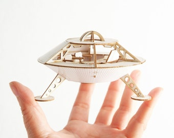 Miniature Space Ship Model Kit of the Mars Lander, Laser cut DIY project