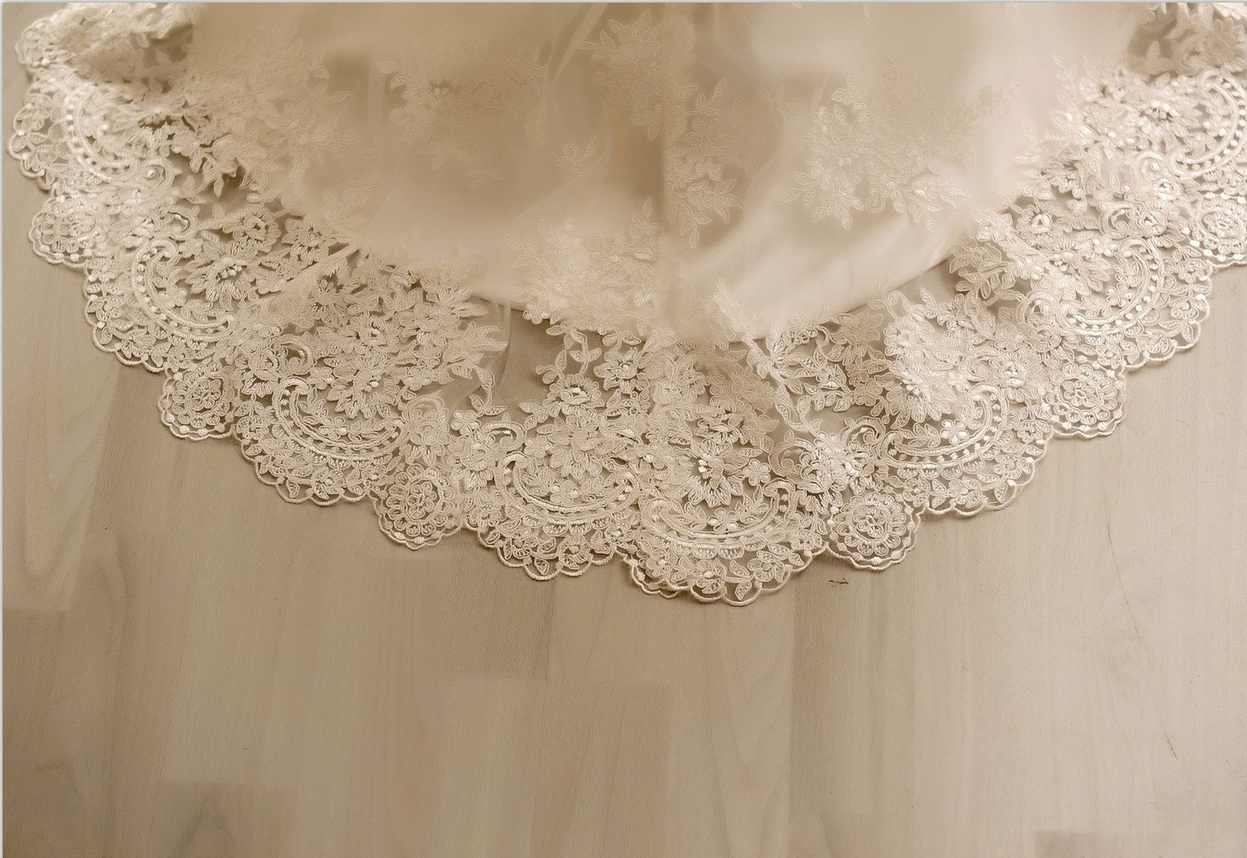 Vintage Style Lace Wedding Dress Bridal Gown