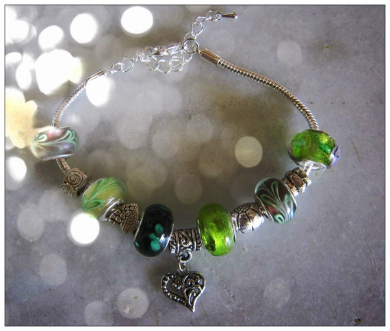 Beautiful Sterling 925 Bracelet with Green Glass Beads, European Style