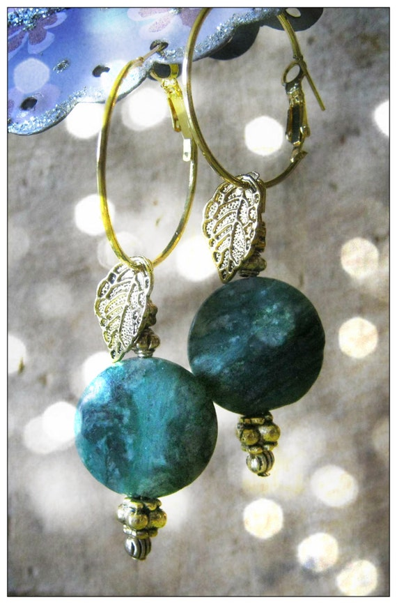 Beautiful Gold Hoop Earrings with Green Agate Coins & Leaves