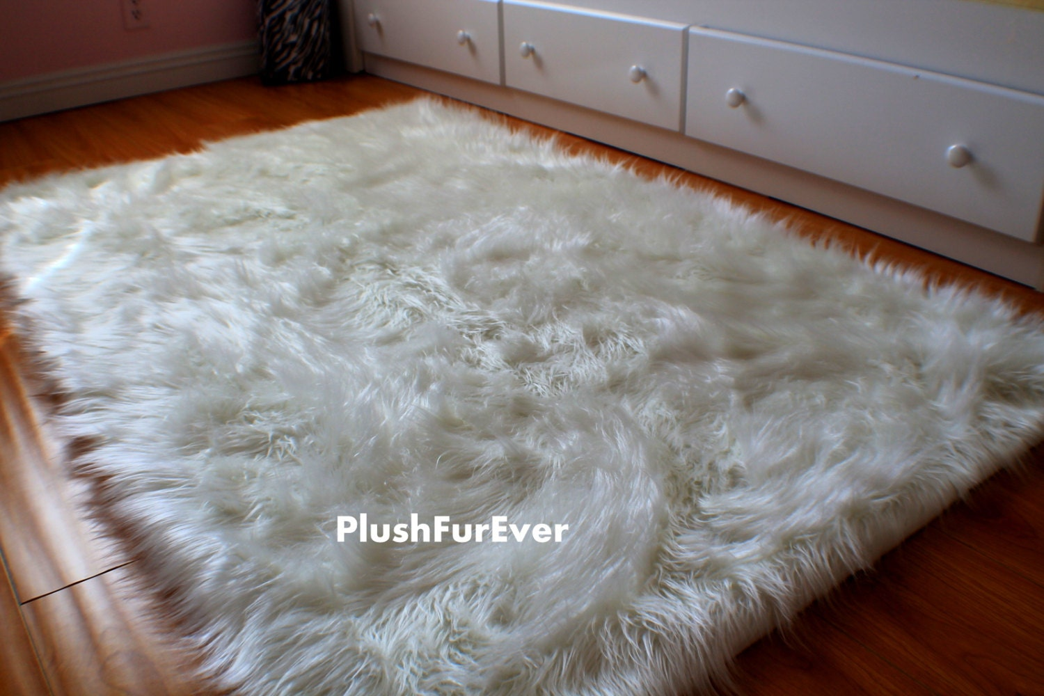 4 39 x 5 39 luxury black brown white faux fur rug long. Black Bedroom Furniture Sets. Home Design Ideas