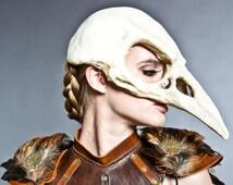 Bird skull mask in Bone finish