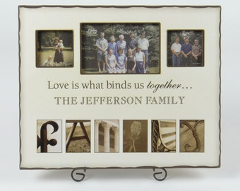 FAMILY Collage PHOTO FRAME off white with notched edges in soft black
