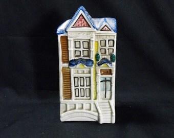 HOUSE WALL POCKET