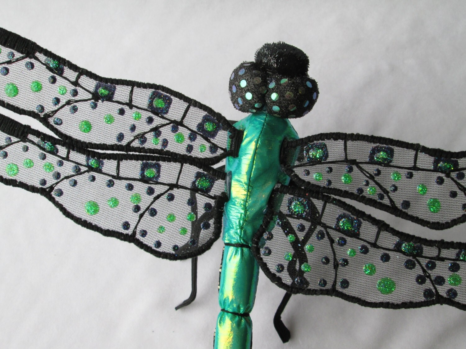 Dragonfly Wall Hanging Art Decor Iridescent Green & Black