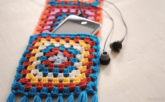 PDF Pattern: DIY Crochet granny square scarf with pockets
