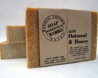 1630 Oatmeal & Honey - pure olive oil castile soap with honey and ground oatmeal (organic . palm oil free)