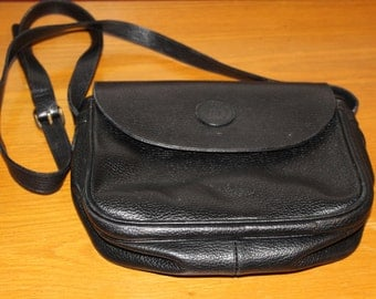 Vintage Arte Del Cuoio Firenze  Crossbody purse, black, Nice Inside and Out, Good Size, Great Price