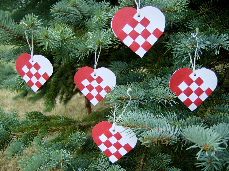 Items similar to Danish Mini Woven Heart Christmas ...