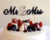 Mr & Mrs - Classic Wedding Cake Topper With Ampersand Accent