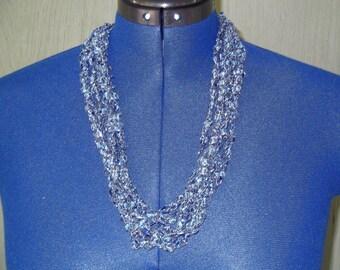 Medium blue ladder trellis yarn necklace