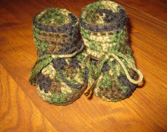 Cammoflage Baby Booties
