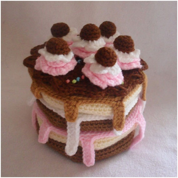 Crochet Pattern - Build A Cake