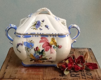 Beautiful vintage floral Italian covered dish.