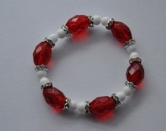 Red and White Glass bead and Crystal Bracelet