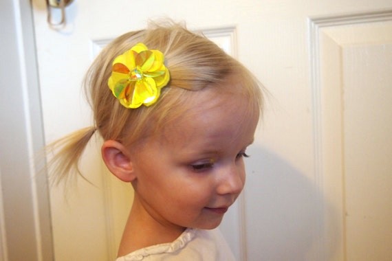 Iris AB Origami Flower hairclips