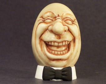 EGGSTATIC Is his name Egg Sculpture